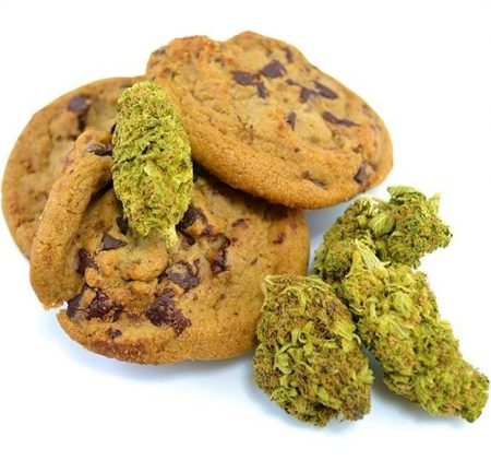 Cannabis Chocolate Chip Cookies | weed cookies | cbd cookies | buy edibles online | best cannabutter cookies | buy cannabis cookies online